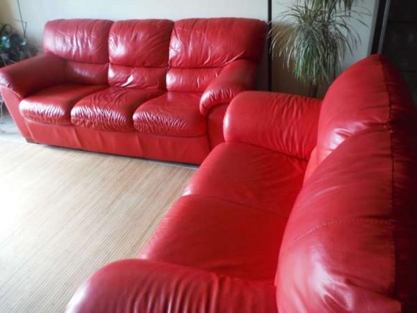 Divani In Pelle 3 2 Posti.Periscopio Coppia Divani 3 2 Posti In Vera Pelle Colore Rosso